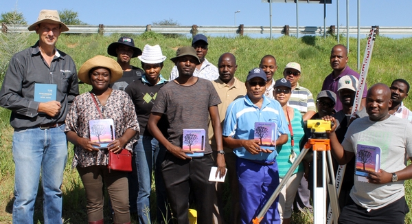 Knight Piésold Trains Hydrology Staff of Namibia's Department of Water Affairs on Reading Floods in Ephemeral Rivers